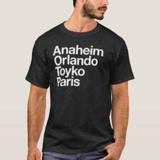 男性へ魔法都市 Tシャツ