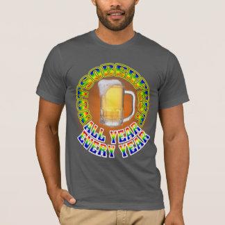 男性Octoberfestビール飲むワイシャツ Tシャツ