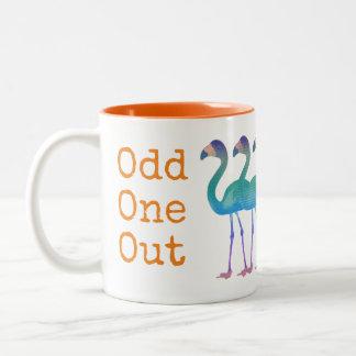 """""""異様な1つの""""フラミンゴのコーヒー・マグ(オレンジ数々のな) ツートーンマグカップ"""