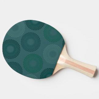 疲れ切ったティール(緑がかった色)のレースのDoily 卓球ラケット