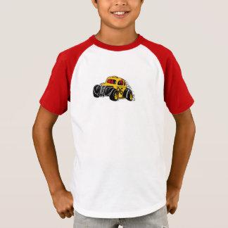 病気のレースカーの子供 Tシャツ