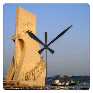 発見への記念碑、リスボン、ポルトガル スクエア壁時計