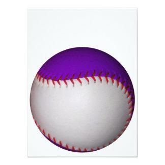 白いおよび紫色の野球/ソフトボール 14 X 19.1 インビテーションカード
