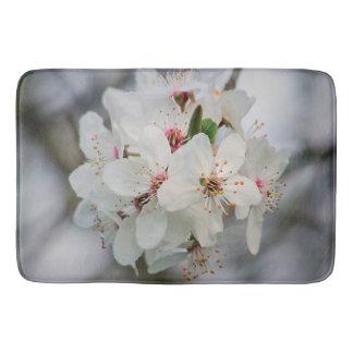白いさくらんぼの開花 バスマット