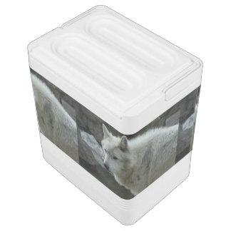 白いオオカミ IGLOOクーラーボックス