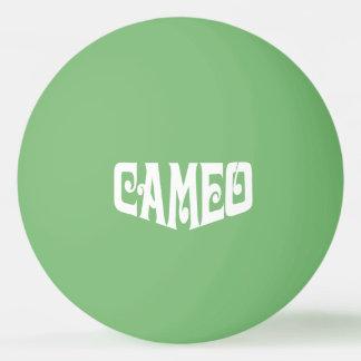 白いカメオのロゴのピンポン球 卓球ボール