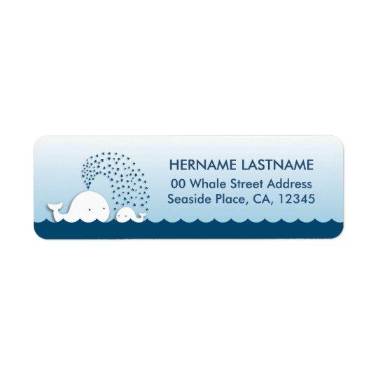 白いクジラのベビーシャワーの差出人住所ラベル 返信用宛名ラベル