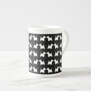 白いスコッチテリア犬の双生児はタイルパターンのシルエットを描きます ボーンチャイナカップ