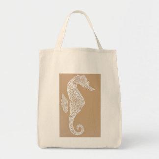白いタツノオトシゴのバッグ トートバッグ