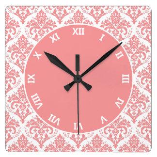 白いダマスク織のピンク スクエア壁時計