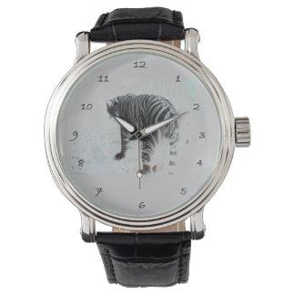 白いトラの野生動物 腕時計