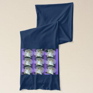 白いバラのスカーフ スカーフ