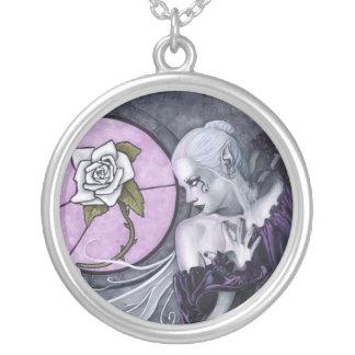 白いバラのネックレス シルバープレートネックレス