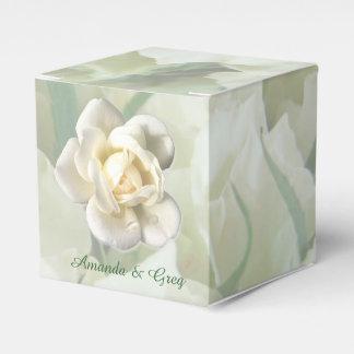 白いバラの結婚式の引き出物はカスタムを囲みます フェイバーボックス