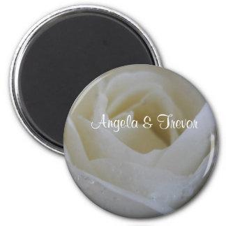白いバラの結婚式 冷蔵庫用マグネット