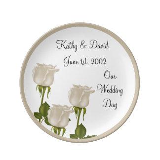 白いバラの結婚 磁器製 皿