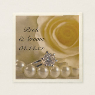白いバラ、リングおよび真珠の結婚 スタンダードカクテルナプキン