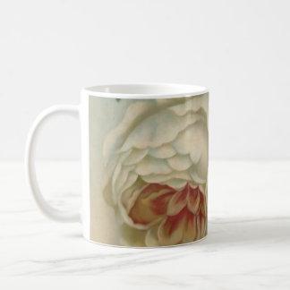 白いビクトリア時代の人のばら色のマグの英国のバラか花柄 コーヒーマグカップ