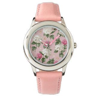 白いピンクのアジサイの花の継ぎ目が無いパターン 腕時計