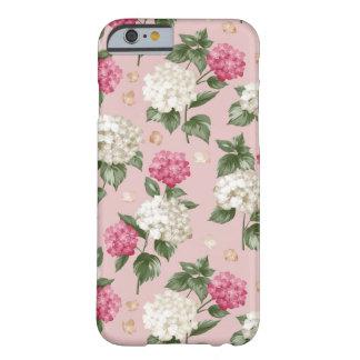 白いピンクのアジサイの花の継ぎ目が無いパターン BARELY THERE iPhone 6 ケース