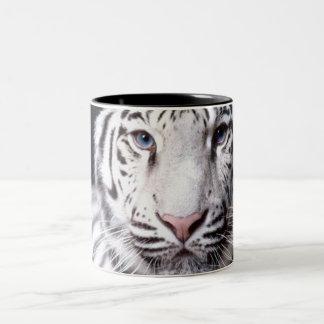 白いベンガルトラの写真撮影 ツートーンマグカップ
