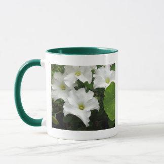 白いペチュニア マグカップ