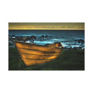 白いポイントの黄色い小舟 キャンバスプリント
