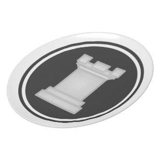 白いミヤマガラスのチェス プレート