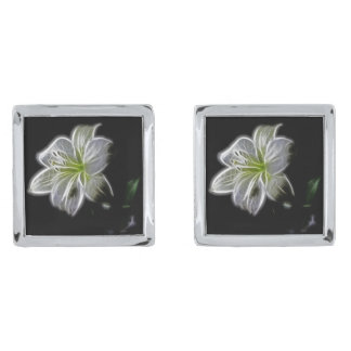 白いユリの花の輪郭のように照らされる 銀色 カフリンク