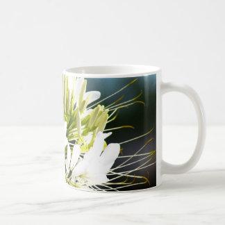白いユリの花 コーヒーマグカップ