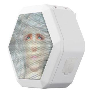 白いルネサンス ホワイトBluetoothスピーカー