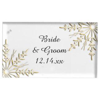白い冬の結婚式の金ゴールドの雪片 テーブルカードホルダー