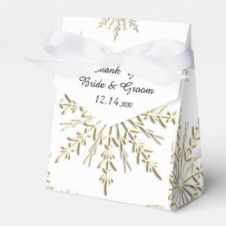 白い冬の結婚式の金ゴールドの雪片 フェイバーボックス