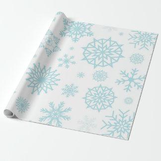 白い冬の雪片の青いホワイトクリスマス ラッピングペーパー