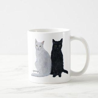 白い及び黒猫 コーヒーマグカップ