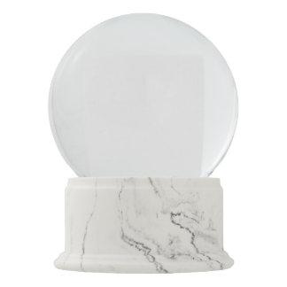 白い大理石の終わりの雪の地球 スノーグローブ
