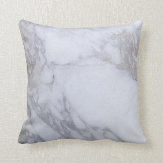 白い大理石 クッション