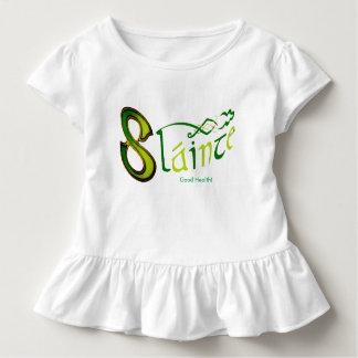 白い幼児のひだのティーのためのアイルランド句のイメージ トドラーTシャツ