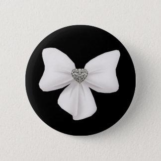 白い弓ボタン 缶バッジ
