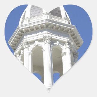 白い教会の塔、都心のサンノゼカリフォルニア ハートシール