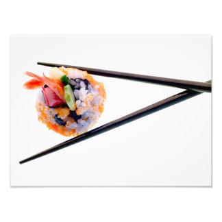白い日本の寿司のエビロール黒の箸 フォトプリント