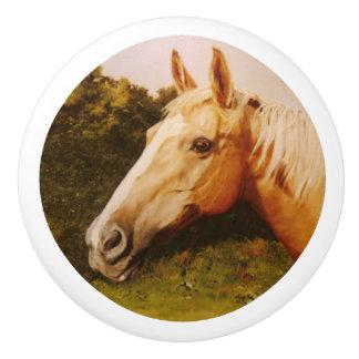 白い炎を持つPalominoの馬 セラミックノブ