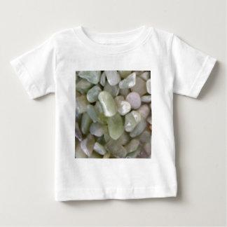 白い盛り土の石 ベビーTシャツ