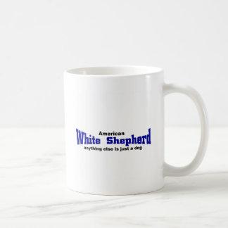 白い羊飼い犬 コーヒーマグカップ