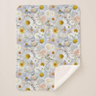 白い花の花束の花の結婚式の花嫁の春 シェルパブランケット