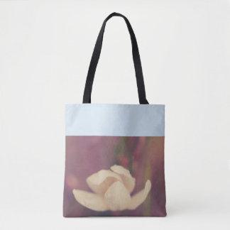 白い花の雨滴 トートバッグ