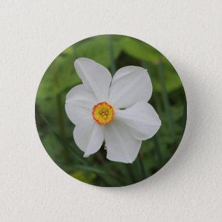 白い花ボタン 5.7CM 丸型バッジ