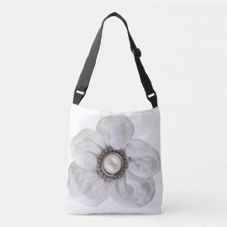 白い花 クロスボディバッグ