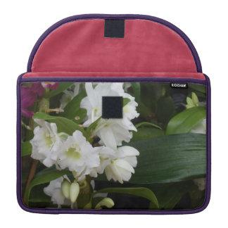 白い花 MacBook PROスリーブ