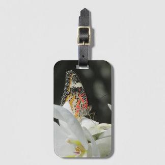 白い蘭のヒョウのLacewingの蝶 ラゲッジタグ